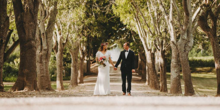 The Secrets To A Cheap But Charming Destination Wedding