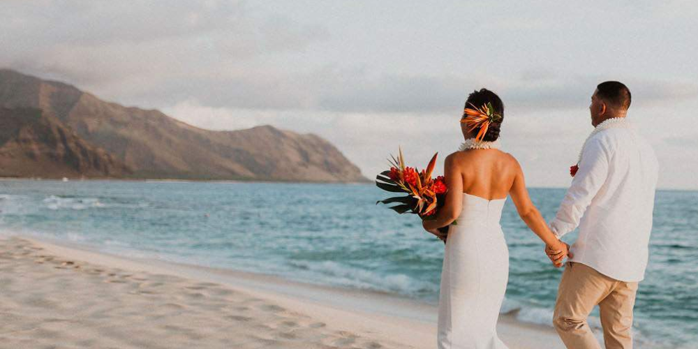 The Ultimate Venue Guide For A Picture-Perfect Hawaii Beach Wedding